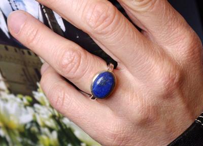 Lapis-lazuli bleue en bague